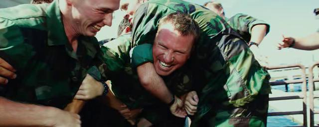 capturas Lone Survivor DVDrip Latino 1